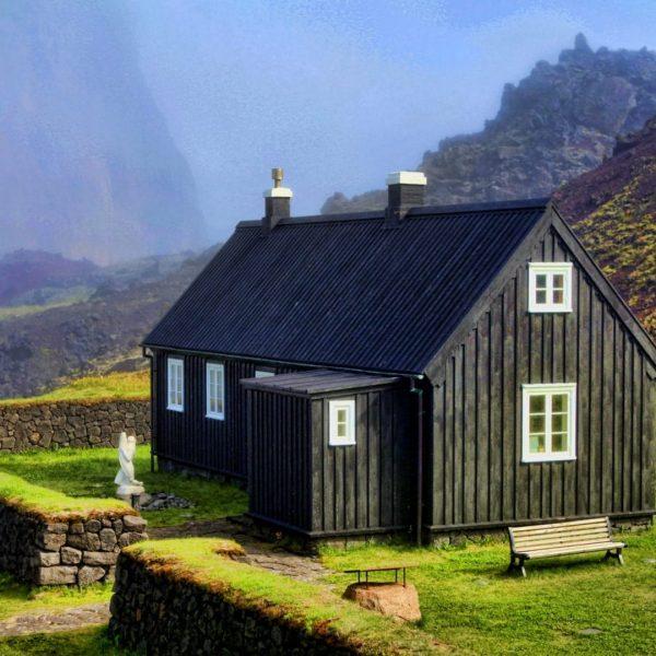 Stafkirkja - Vestmannaeyjar church Boat tours