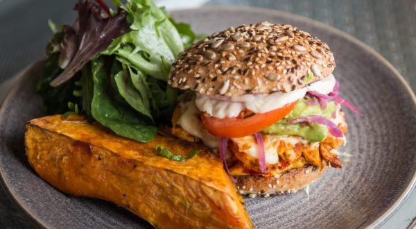 GOTT Spicy Chicken Burger Westman Islands